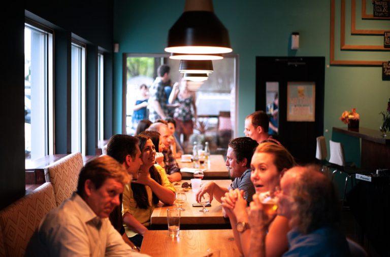 Jak zorganizować dobrą imprezę firmową?