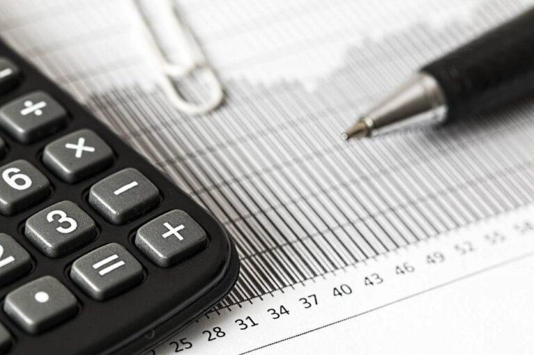 Prowadzenie biuro rachunkowe – jakie koszty?